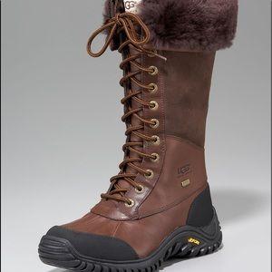 Ugg Adirondack Chocolate brown boots 10